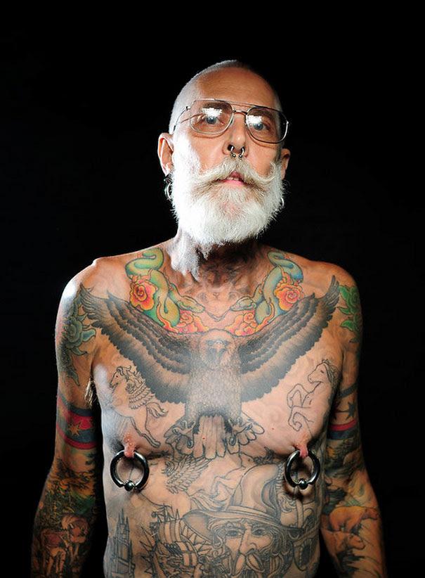 ancianos-tatuados (2)