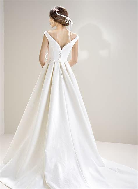 Jesus Peiro 7007   Morgan Davies Bridal