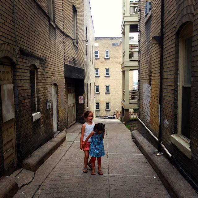 Portrait workshop -- Grace & Isabella