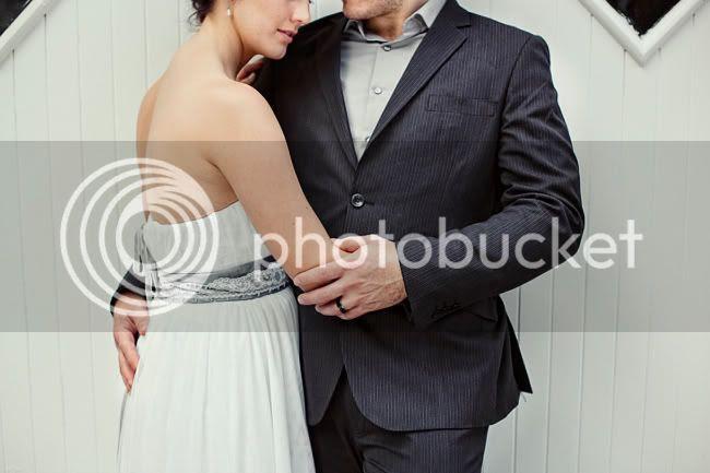 http://i892.photobucket.com/albums/ac125/lovemademedoit/LN_GardenWedding_048.jpg?t=1312697121