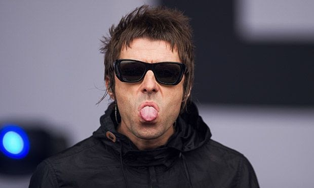 Liam Gallagher es criticado nuevamente por Robbie Williams