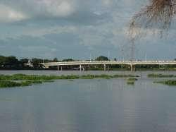 Puente sobre el río Apure en San Fernando