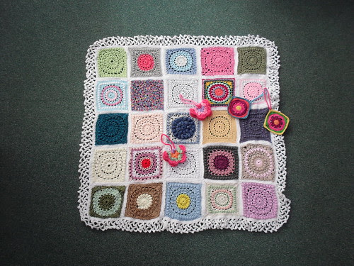 Thanks to everyone who contributed Squares for this Challenge. 'Circle of Friends!'. 'please add note' to your Square. Let's see if we can get each Square filled with 'add note'. Thank You!