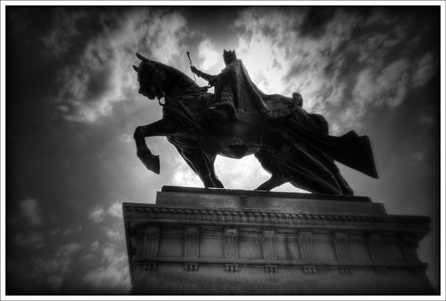 Statue of Saint Louis 2011-04-09 1
