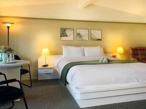 Hôtel de luxe Motel la Cheminée à Saint-Jérôme (QC)   CanaGuide