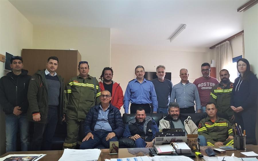 Ο νέος διοικητής της Πυροσβεστικής, Αναστάσιος Βασιλείου συναντήθηκε με τις Εθελοντικές Ομάδες