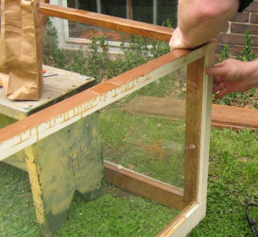 DIY Hothouse | Greenhouse for Balcony