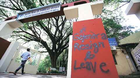 Protest continues at FTII; agitators say 'Mr Modi we don't want your puppet' | The Indian Express