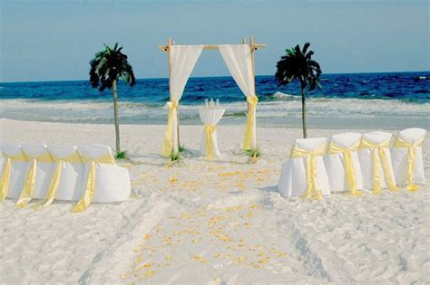 4 Tips for Having an Emerald Coast Wedding on a Budget