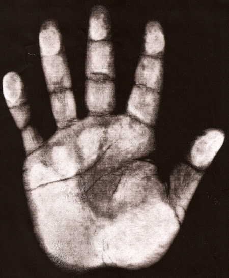 Actual Size of Cleve Dean's hand