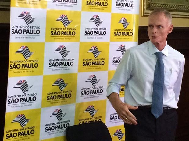O secretário de Educação de São Paulo, Herman Voorwald, apresenta a reorganização escolar no ensino estadual (Foto: Márcio Pinho/G1)