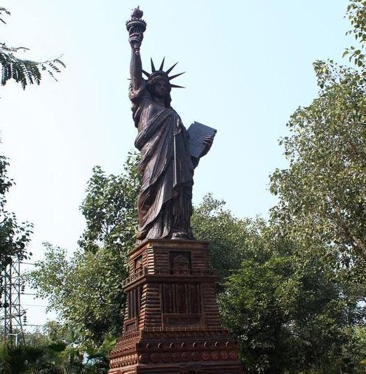 Waste to Wonder Park (New Delhi):Features and Facts