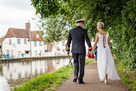Wedding Photographers in Berkshire   czerminski.com