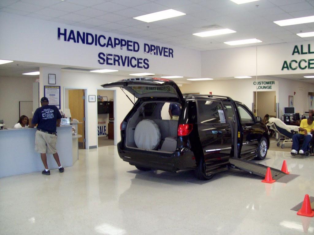 Wheelchair Assistance Handicap Van With Wheelchair Lift