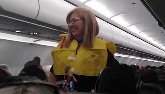 'World's funniest flight attendant' applauded for hilarious safety announcement