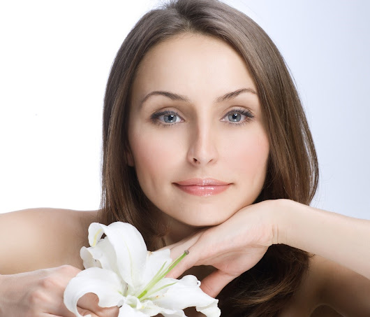 The Many Benefits of Getting a Relaxing Facial From Skin Care Centers