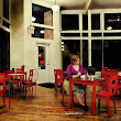 INSPIRED: In the Style of Edward Hopper | Susan Knight