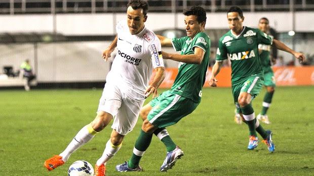 Thiago Ribeiro jogo Santos x Chapecoense (Foto: Agência Estado)