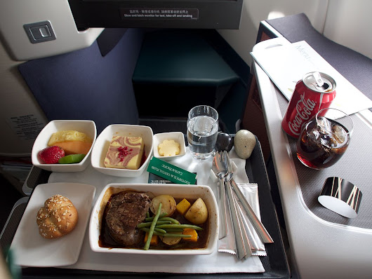 Cathay Pacific to trial dine-on-demand service from Heathrow – Good Idea?
