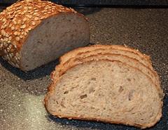 Batard afgebakken (7-granen brood)