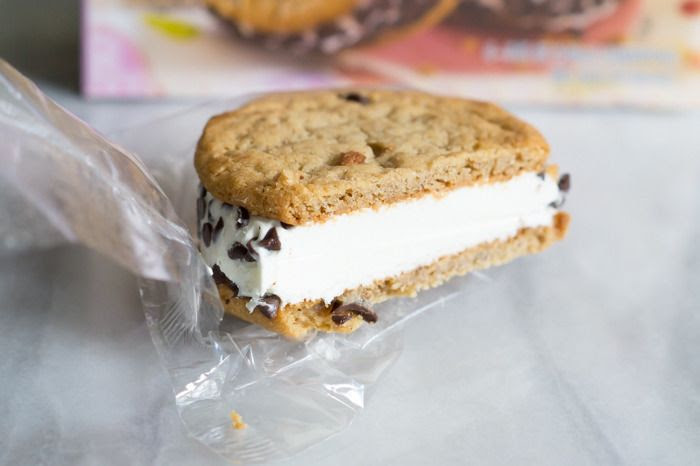 trader joe's Sublime Ice Cream Sandwiches review : part of a weekly review series of tj's desserts and treats