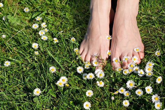 Health Benefits Of Earthing Grounded In Science? - Critical Cactus