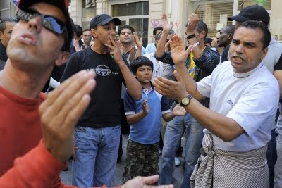 مهاجر مغربي في بلجيكا