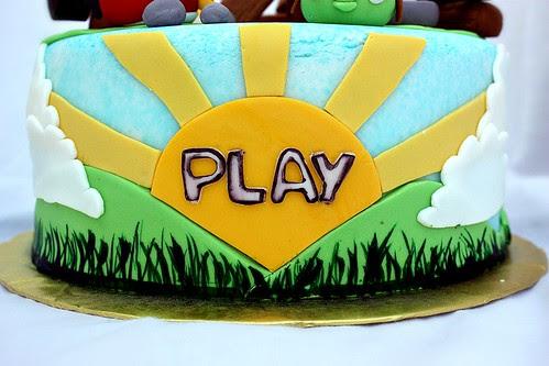 Angry Birds Cake (side)