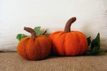 Knitted Pumpkins Centerpiece