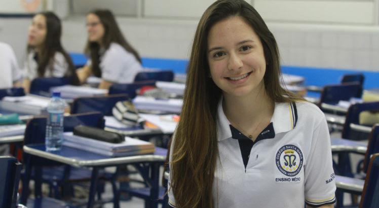Fera de administração, Carolina Garcia encara a redação com tranquilidade. Foto: Guga Matos / JC Imagem
