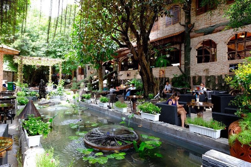 Thiết kế quán cafe sân vườn hồ cá koi tại Đồng Hới Quảng Bình