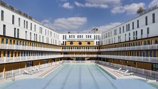 Swimming in luxury: an iconic pool is reborn in Paris