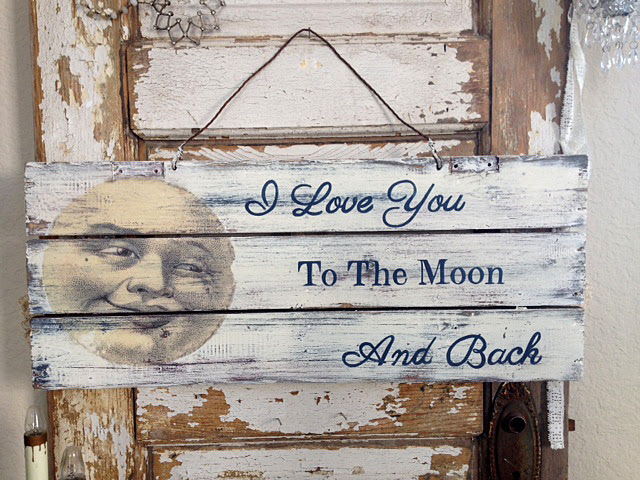 DIY Vintage Moon Sign
