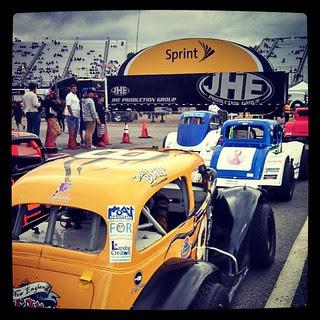 Waiting to race #8 #uslegends #nhms #racecar