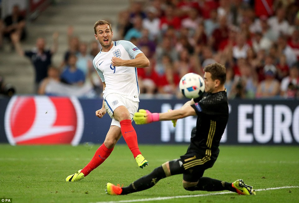 Harry Kane found the back of the net midway through the first half but the linesman's flag was up, with the striker deemed to be offside