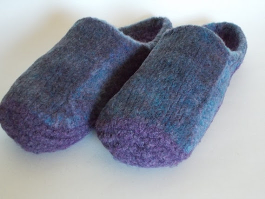 Wool Knit Felted Slippers US Women's Sz 9 by hotflashknitting