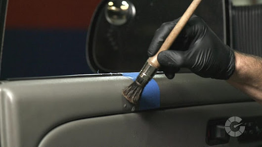 How to clean car interior plastic trim | Autoblog Details