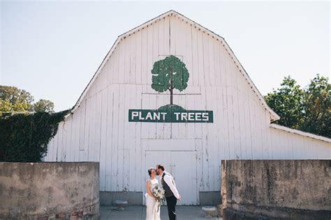 Top Barn Wedding Venues   Nebraska ? Rustic Weddings