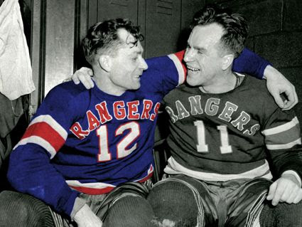 photo New York Rangers 1946-47 jersey.jpg