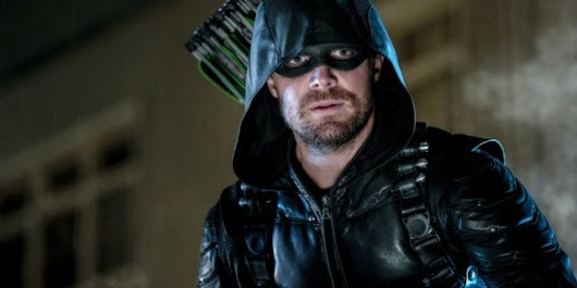 "'Arrow' Introduces ""The Longbow Hunters"" in New Synopsis"