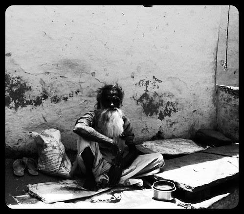 Ham Gurbat Ke Qaidi Hain.. by firoze shakir photographerno1