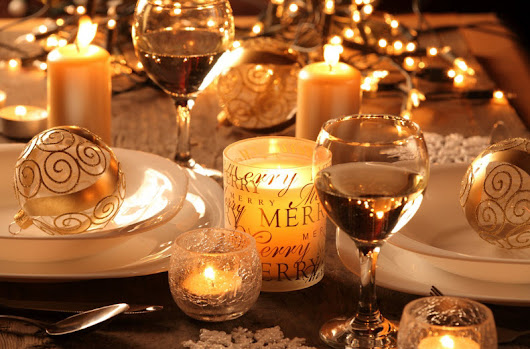 DIY: Create a Beautiful Holiday Centerpiece