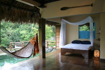 ogma dhio balinese tropical room