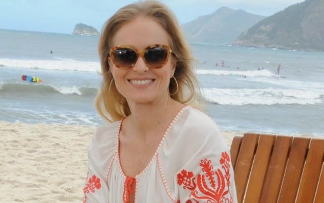 Angélica em gravação do Estrelas, em praia do Rio de Janeiro, na edição do último dia 19  - Deborah Montenegro/TV Globo