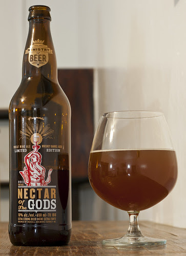Review: Russell Nectar of the Gods Wheat Wine aged in whisky barrels by Cody La Bière