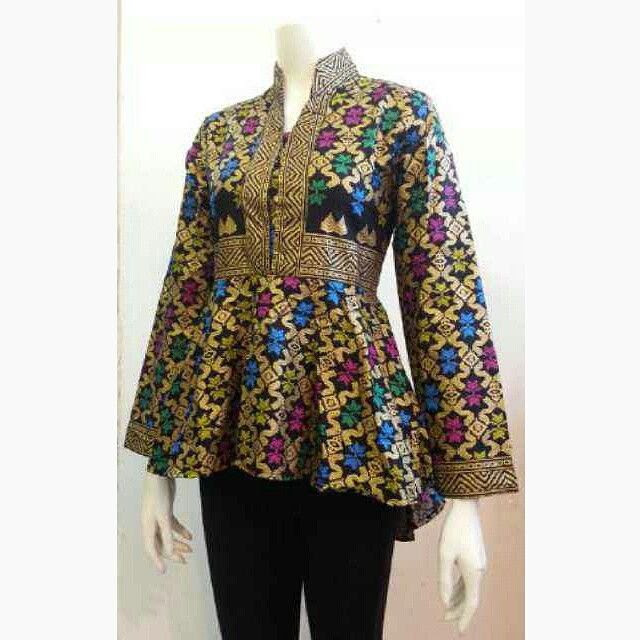 20 Model Baju Batik Kerja Terkini Ragam Fashion 9df6faf4d2