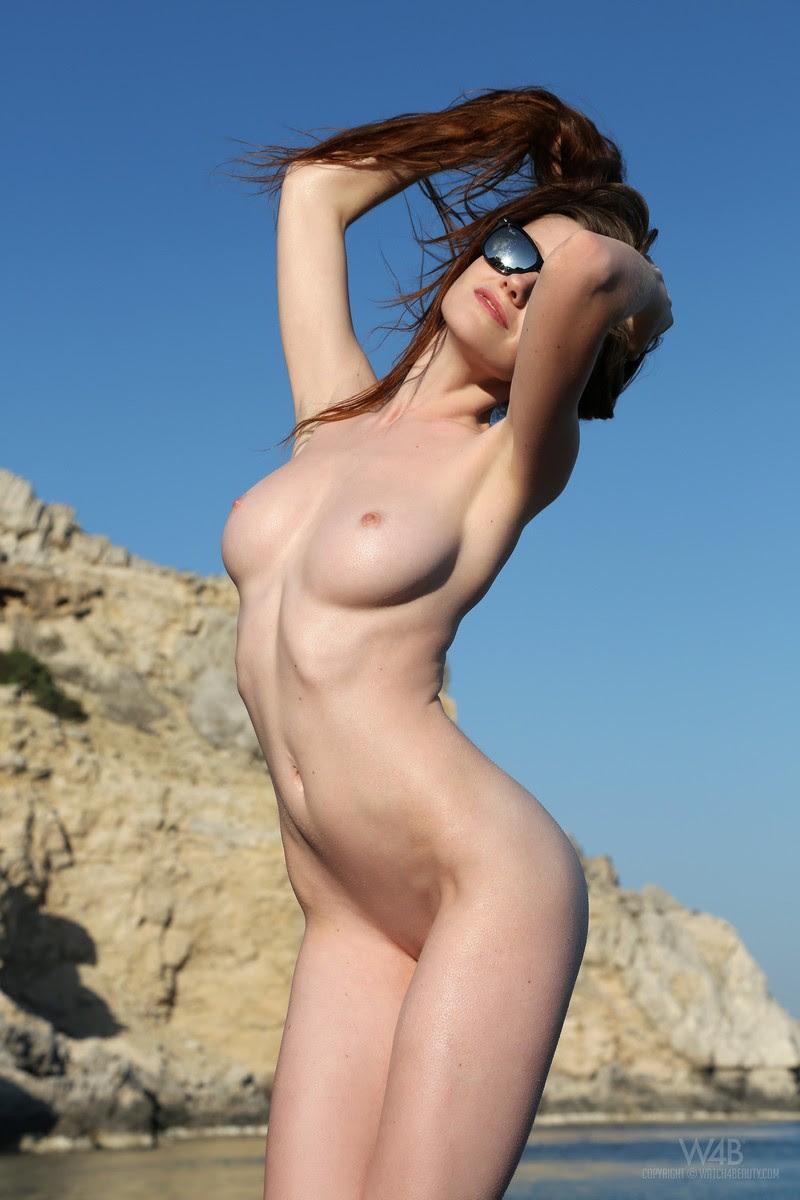 emily-seaside-beach-watch4beauty-07