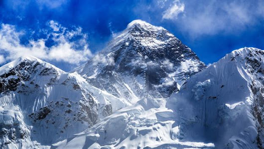Hillary and Tenzing reach Everest summit