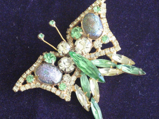 Rare Unsigned Butterfly Brooch Pin Easter Egg by RicksVintagePlus