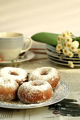 donuts and tea